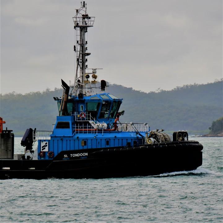 tugboat2.jpg