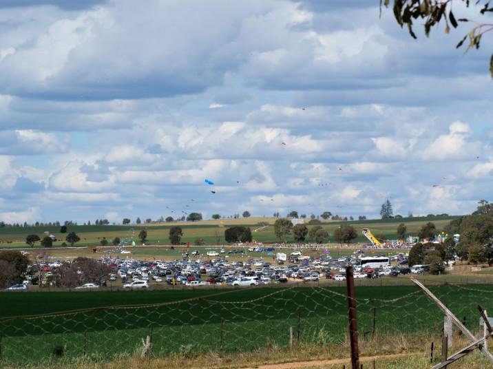 kites&cars